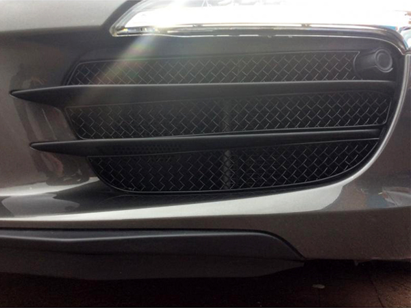 ZUNSPORT BLACK FRONT CENTRE GRILLE for PORSCHE CARRERA 4S 991 PDK W// SENSORS